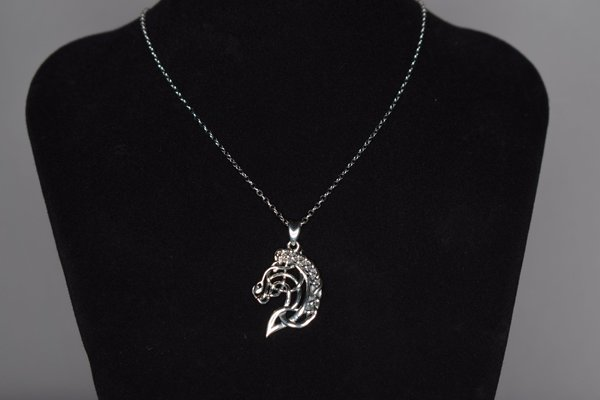 Silver necklace with horse head pendant